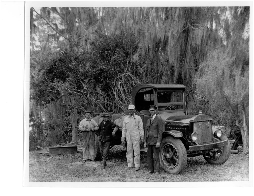 Bellingrath staffers with a load of azaleas.